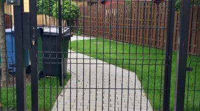 bramka wejściowa z panela